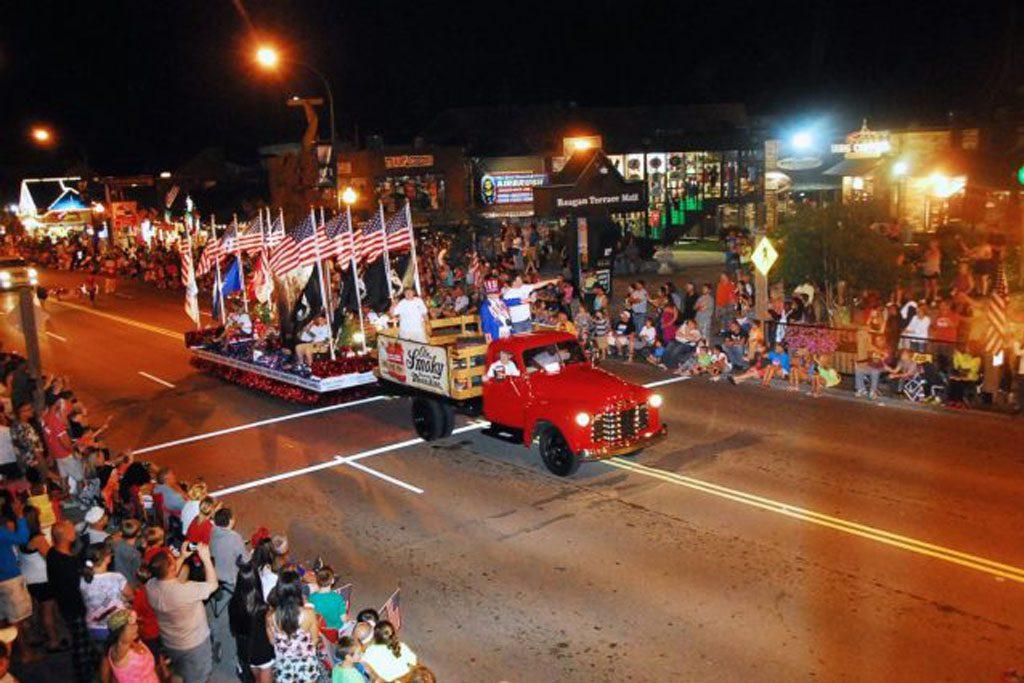 Gatlinburg's 4th of July Midnight Parade