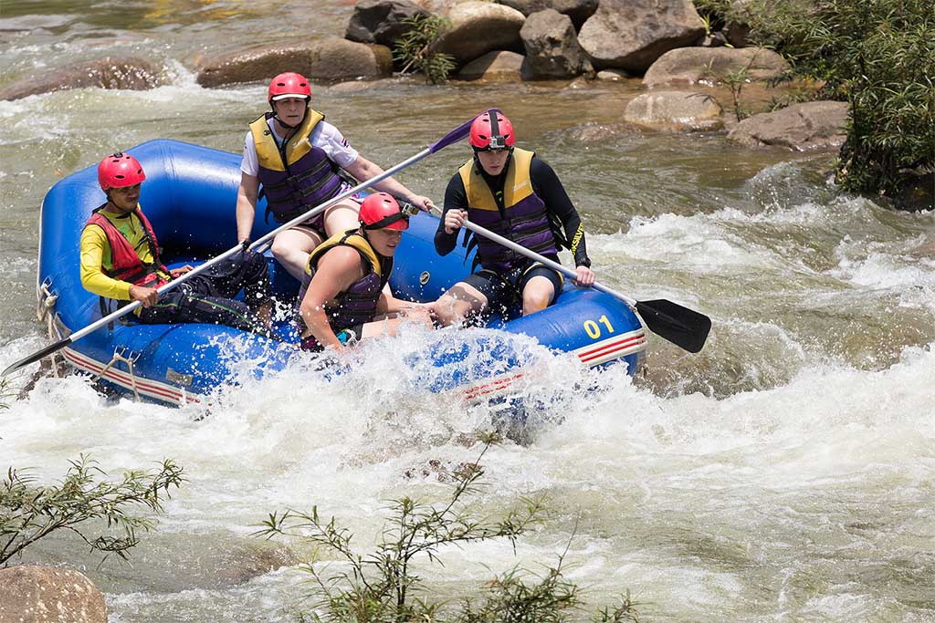 Whitewater rafting near Gatlinburg and Pigeon Forge