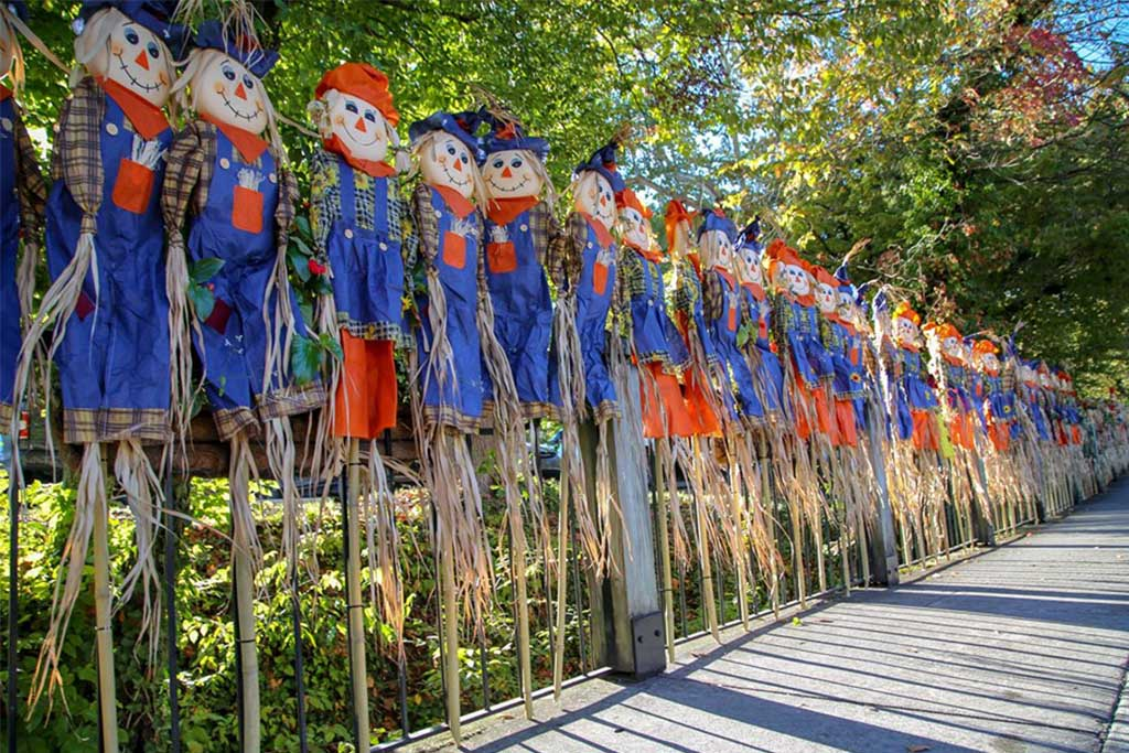 Gatlinburg Breaks World Record for Most Scarecrows